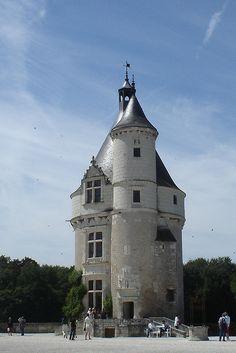 Old Guard House Château de Chenonceaux (Chenonceaux, France) by courthouselover, via Flickr