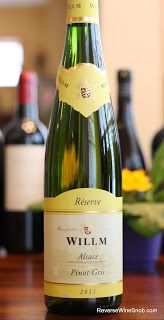 Pinot Gris, the better Pinot Grigio.  Four of my favorites from Alsace under 20 dollars. #winelover http://www.reversewinesnob.com/2013/04/pinot-gris-from-alsace-pinot-grigio.html