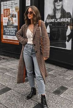 Fall Street Style Outfits to Inspire Herbst Streetstyle Mode / Fashion Week Week Street Style Outfits, Looks Street Style, Street Style Edgy, Autumn Street Style, Looks Style, Mode Outfits, Trendy Outfits, Outfits 2016, Street Outfit