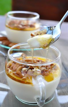 Greek yogurt, honey and walnuts