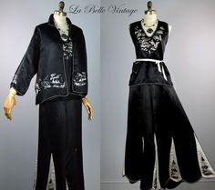 a1640d87b9 1925 Pyjamas Three Piece Silk Early Vintage Silk Pajamas