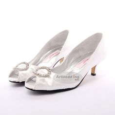 White Peep Toes Satin Mid Heel Wedding Shoes with Brooch