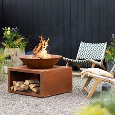 Garden Fire Pit, Fire Pit Backyard, Deck Fire Pit, Backyard Seating, Chiminea Fire Pit, Outdoor Fire, Outdoor Living, Indoor Outdoor, Outdoor Pants
