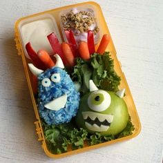 Make lunch a scream with this Monsters University-inspired bento box. Cute Lunch Boxes, Bento Box Lunch, Lunch Snacks, Bento Lunchbox, Lunchbox Ideas, Box Lunches, School Lunches, Cute Food, Good Food