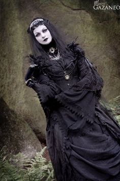 Neo-Vicotorian #Goth girl Morticia-Eve by Marco Gazaneo