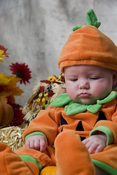 newborn Halloween pictures | Apparently Nobody Likes To Give Birth On Halloween