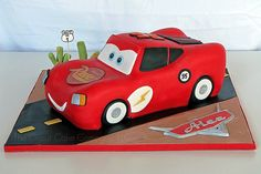 When you run out of ideas for your son's birthday cake, you should probably check out this collection of great and beautiful boy's birthday cakes, made by different people! Lightning Mcqueen Party, Lightning Mcqueen Birthday Cake, Lightening Mcqueen, Disney Cars Cake, Disney Cars Party, Disney Cars Birthday, Lighting Mcqueen Cake, Fondant Flower Cake, Fondant Bow