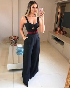 Best Fashion Styles For Women - Fashion Trends Look Fashion, Hijab Fashion, Girl Fashion, Fashion Dresses, Womens Fashion, Fashion Trends, Night Outfits, Classy Outfits, Casual Outfits