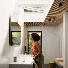 View our bathroom gallery of images leaving you feeling inspired to get your very own VELUX skylights, roof windows, and sun tunnels. Skylight Bathroom, Bathroom Windows, Bathroom Renovations, Home Renovation, Indoor Outdoor Bathroom, Roof Window, Character Home, Roof Light, Curved Glass