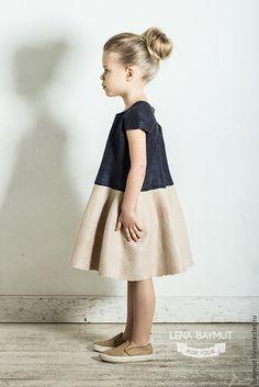 Kids Outfits Girls, Kids Girls, Girl Outfits, Emma Clothing, Little Girl Dresses, Girls Dresses, Kids Dress Wear, Baby Dress Design, Baby Kind