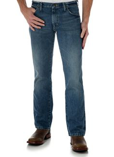ca3c21a9 Wrangler Men's 77MWZWO Retro Slim Cut Worn In Jean Retro Men, Patched Jeans,  Western