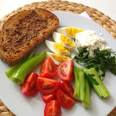 -----day4------breakfast. Healthy living. Eat raw!