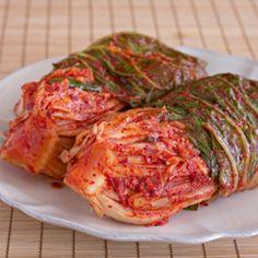 Cabbage Kimchi (Baechoo Kimchee)
