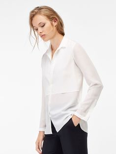 Women´s Camisas Blancas at Massimo Dutti online. Enter now and view our Spring Summer 2019 Camisas Blancas collection. Velvet Pants, Shirt Blouses, Shirts, Pure Beauty, Dame, Layers, Women Wear, Street Style, Pure Products