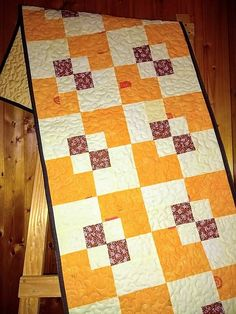 LubkaPatchwork / Štóla na stôl Quilts, Blanket, Bed, Home, Scrappy Quilts, Stream Bed, Quilt Sets, Ad Home, Blankets