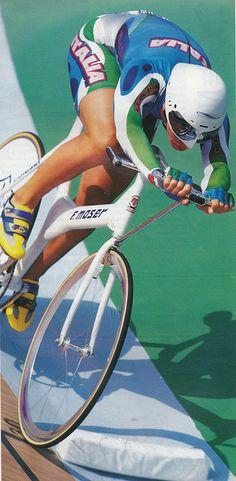 Antonella Bellutti 1996 Atlanta Olympics gold medal riding a F. Track Cycling, Cycling Art, Atlanta Olympics, Fixed Bike, Fixed Gear, Road Bike Women, Sports Graphics, Bike Art, Bike Frame