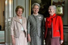 Sisters. Princess Benedikte was awarded the medal of the Order of the Dannebrog by her sister Queen Margrethe. Her youngest sister, Queen Anne-Marie of Greece, was also in attendance.