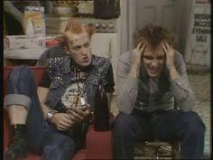 Rick & Vyvyan - The Best of Rivyan Ben Elton, Benny Hill, Rik Mayall, Comedy Duos, Great Comedies, British Comedy, Ol Days, Bad News