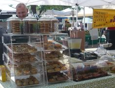 newburyport farmer's market, bakery stand