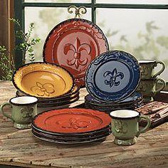 Decorative pottery with fleur-de-lis