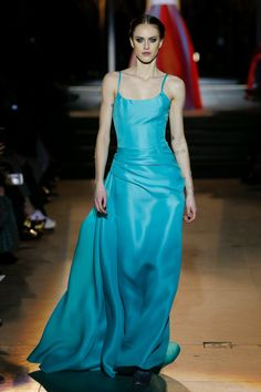 Carolina Herrera Fall 2018 Ready-to-Wear Fashion Show Collection