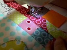 Little Lady Patchwork: TAME YOUR BINDING {TIPS TO REMEMBER ... : how to bind a quilt video - Adamdwight.com