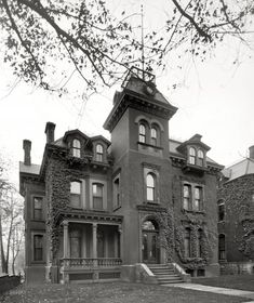 Italianate Residence of W. C. McMillan, Detroit, Michigan, circa 1905