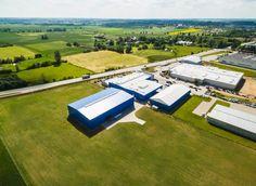 Jedna z wielu hal przemysłowych stworzonych przez firmę http://pol-met.com Więcej pod linkiem: http://pol-met.com/pl/hala-przemyslowa/