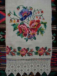 Bohemian Rug, Cross Stitch, Crochet, Cross Stitch Samplers, Towel Set, Cross Stitch Borders, Poppies, Herb, Farmhouse Rugs