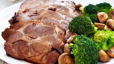 Mausteinen kasslerpaisti | Yhteishyvä Mashed Potatoes, Pork, Meat, Ethnic Recipes, Whipped Potatoes, Kale Stir Fry, Smash Potatoes, Pork Chops