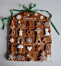 "An advent calendar cookie ""Adventní kalendář pro kluky"" Christmas Catering, Christmas Desserts, Christmas Treats, Christmas Baking, Christmas Cookies, Christmas Decorations, Christmas Gingerbread House, Noel Christmas, Gingerbread Cookies"