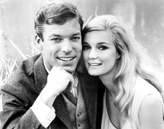 Yvettee Mimieux and Richard Chamberlain
