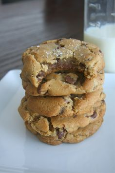 Nutella-Stuffed Browned Butter Chocolate Chip Cookies with Sea Salt -- Holy, motherload, my life has changed!