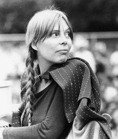 Sweet Joni. 1969. Newport Folk.