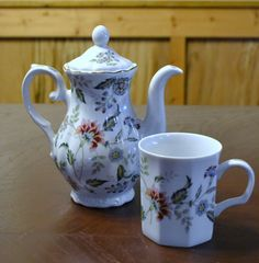 Vintage Andrea by Sadek Teapot and Teacup by PanchosPorch on Etsy, $24.50