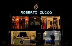 Roberto Zucco  http://somnisdeteatre.blogspot.com.es/2013/03/roberto-zucco.html