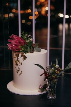 For intimate celebrations! Wedding Cake Inspiration, Beautiful Wedding Cakes, Celebrations, Most Beautiful, Wedding Photography, Wedding Photos, Wedding Pictures