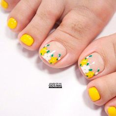 Yellow Flowers Nail Art ★ Explore trendy and classy, cute and elegant toe nails designs for summer and beach vacation. You will love our easy ideas. Pretty Toe Nails, Cute Toe Nails, Toe Nail Art, Flower Nail Designs, Pedicure Designs, Toe Nail Designs, Flower Toe Nails, Yellow Toe Nails, Summer Toe Nails