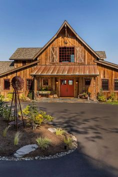 Rustic barn house designed as forever home in Oregon's wine country #house #rustic #barn