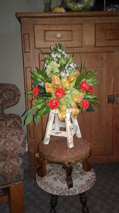 Wooden stool table top floral arrangement for your home decor