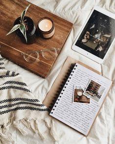 Home Decor Inspiration .Home Decor Inspiration Cozy Aesthetic, Autumn Aesthetic, Brown Aesthetic, Aesthetic Photo, Fall Inspiration, Journal Inspiration, Flat Lay Photography, Book Photography, Autumn Flatlay