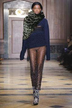 Sophie Theallet Fall 2016 Ready-to-Wear Collection Photos - Vogue Sophie Theallet, Nyc Fall, Fall Winter, Vogue, Fashion Week 2016, Style Casual, Fashion Show Collection, Dress With Boots, Fall 2016
