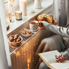 It's the most wonderful time of the year! 😍 - Sandrina Redel - It's the most wonderful time of the year! 😍 It's the most wonderful time of the year! Home Interior, Interior Design, Interior Ideas, Cosy Home, Autumn Cozy, Autumn Fall, Autumn Ideas, Fall Diy, Autumn Inspiration
