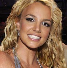How do Celebrities whiten their teeth?