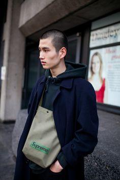 英国紳士の街にもストリートの波 2017-18年秋冬ロンドン・メンズ・ファッション・ウイーク ストリートスナップ | WWD JAPAN.com