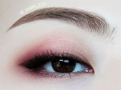 Trendy makeup eyeshadow red eye make up 30 Ideas Monolid Eyes, Monolid Makeup, Skin Makeup, Makeup Eyeshadow, Beauty Makeup, Beauty Kit, Asian Eyeshadow, Top Beauty, Beauty Nails