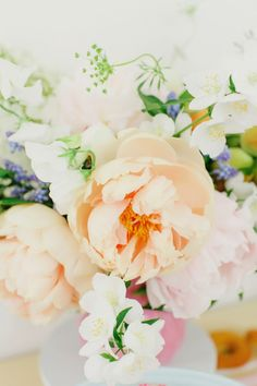 The prettiest flowers: http://www.stylemepretty.com/living/2015/06/05/party-inspired-by-donuts/ | Photography: Milou & Olin - http://www.milouandolin.com/