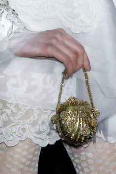 lavandula: christian lacroix haute couture spring/summer 2009 v Christian Lacroix, Christian Louboutin, Vintage Purses, Vintage Bags, Vintage Jewelry, Vintage Clothing, Couture Details, Fashion Details, Chanel Boy Bag