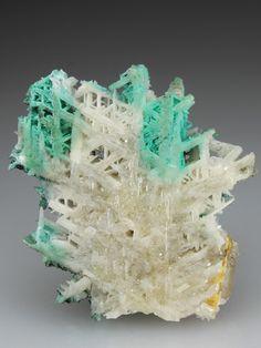 Cerussite PbCO3 5.AB.15  Aragonit-Gruppe 5: CARBONATE (NITRATE)  A: Carbonate ohne zusätzliche Anionen, ohne H 2 O  B: Erdalkalien (und andere M 2+ ) Carbonate