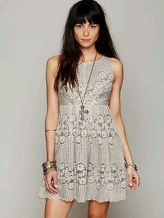 Free People ROCCO OPEN BACK CUTOUT LACE Dress // $32SGD
